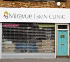 Roller grille Miravue Clinic Ealing